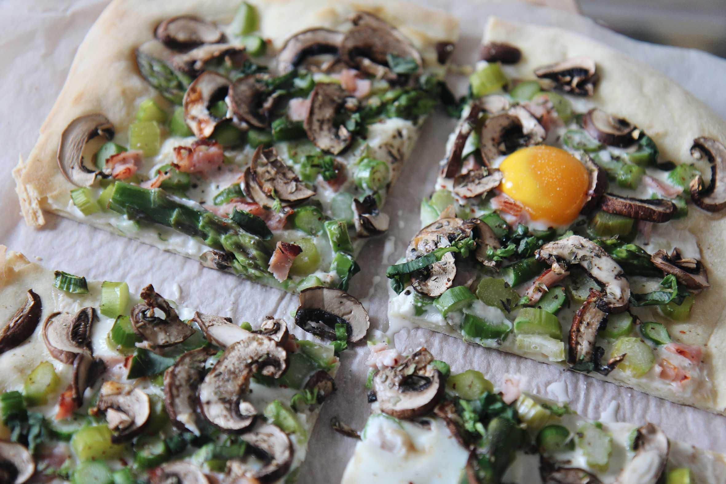 Spring Breakfast Pizza ©TheFlyingFlour