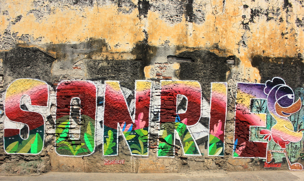 SONRIE mural in Cartagena, Colombia | Photo credit: Rose Spaziani