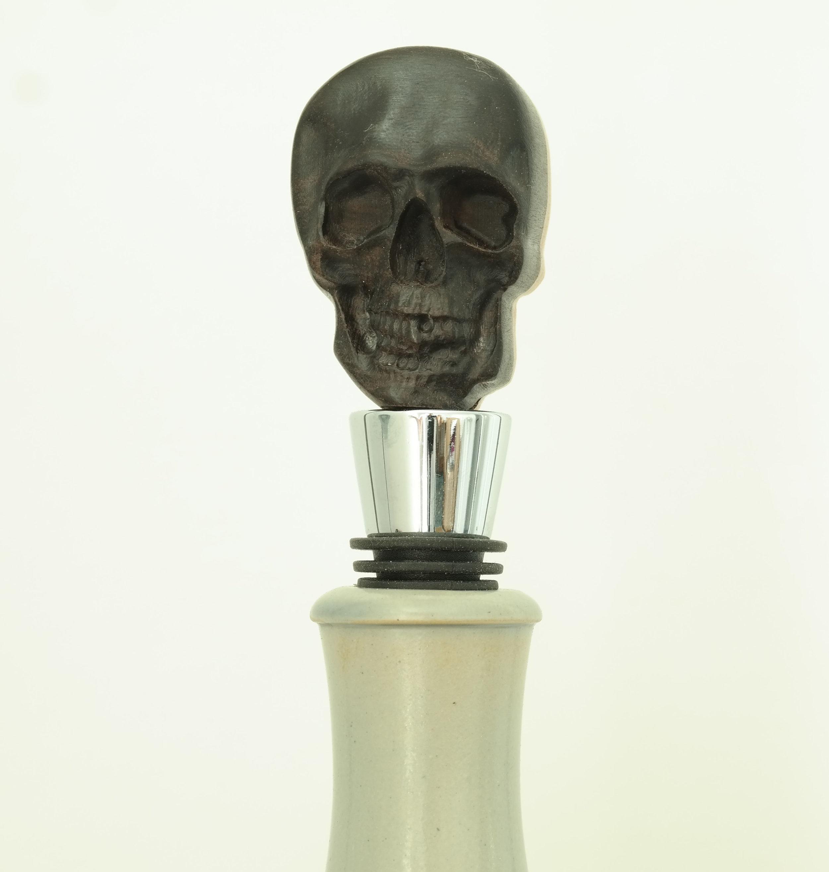 Skull stopper black.jpg