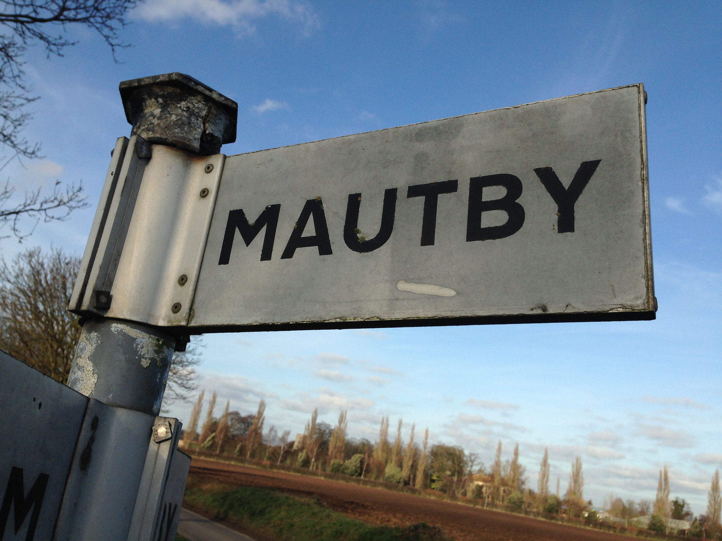 Mautby sign