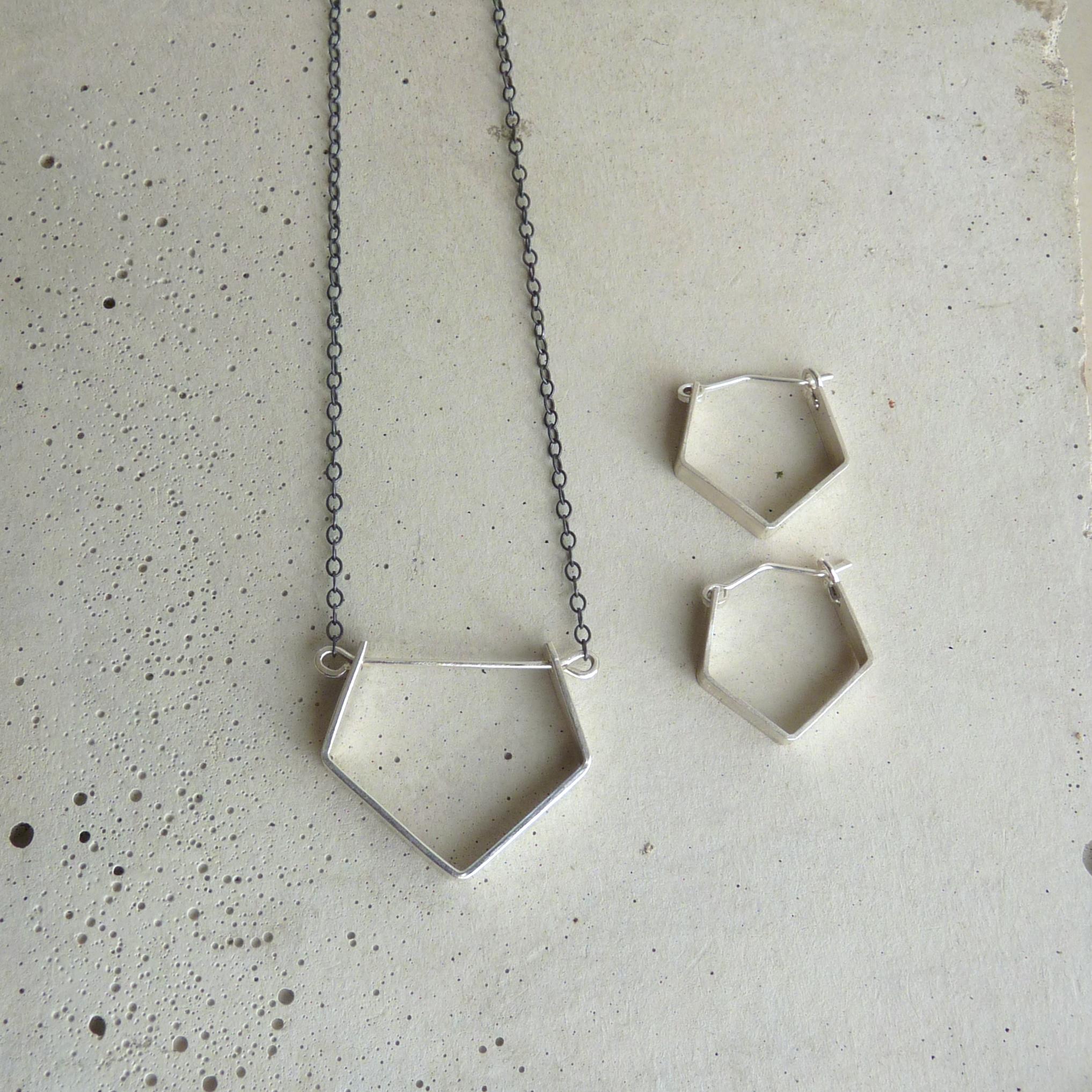 Long JEWEL necklace & Little JEWEL earrings