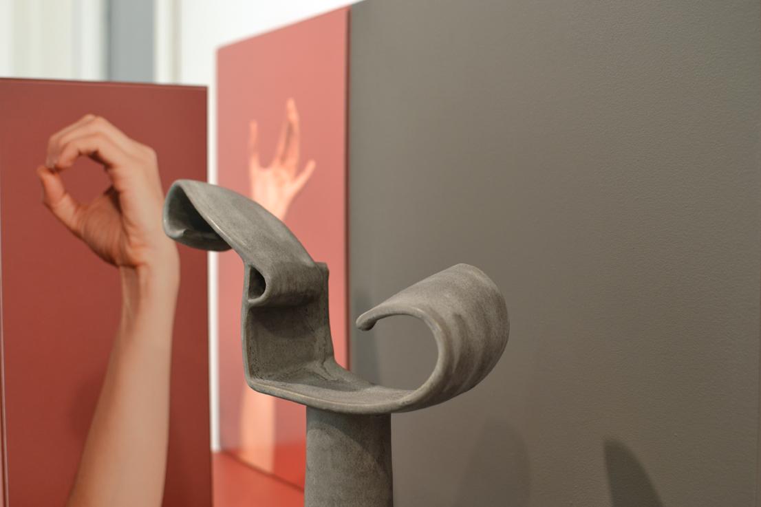 Ellie Krakow, Detail