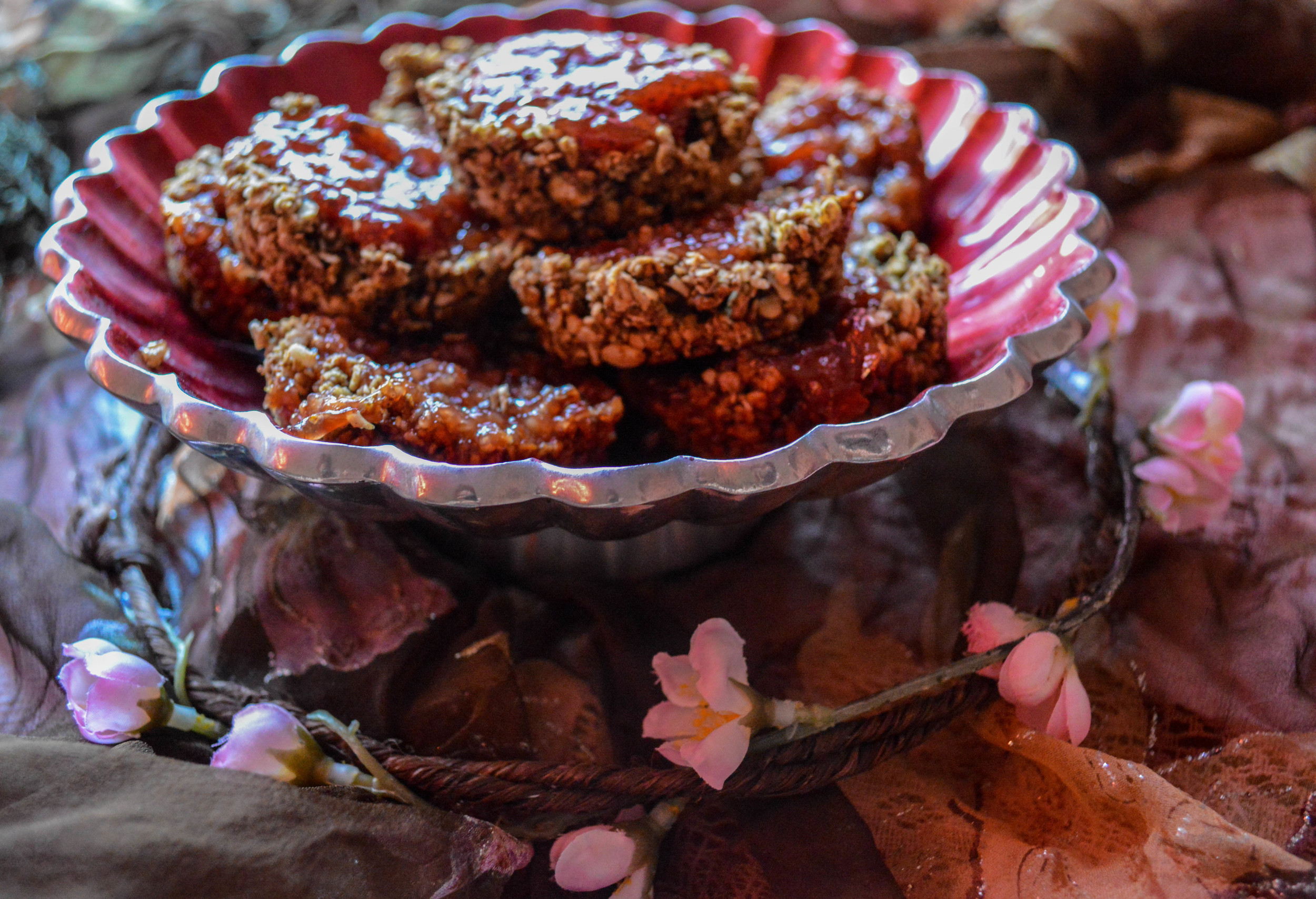 Strawberry Oat Cakes
