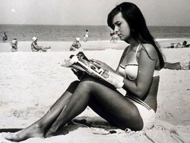 "the real-life ""girl from impanema,"" héloise pinheiro."