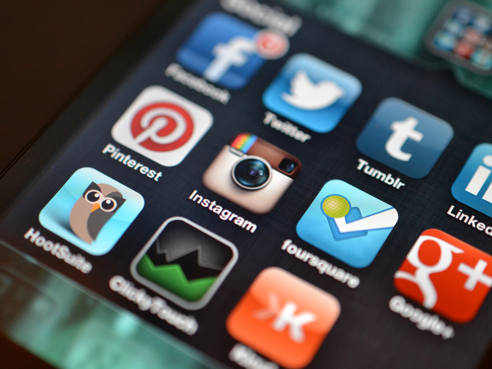 Social media apps.jpg