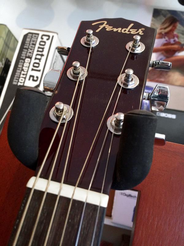 Fender FA-100 03.jpg