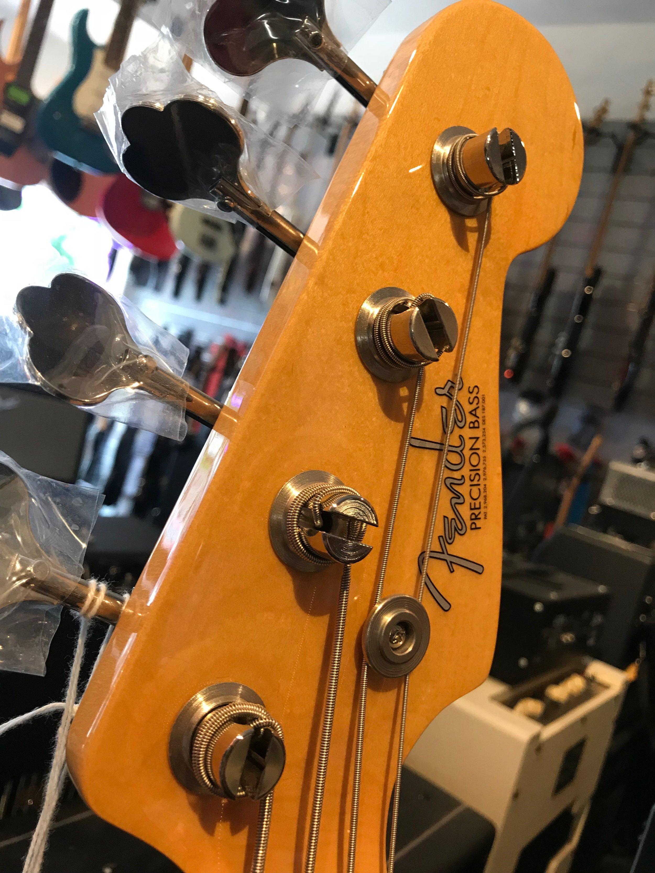 Fender Amr Org 60s Pbass 06.JPG