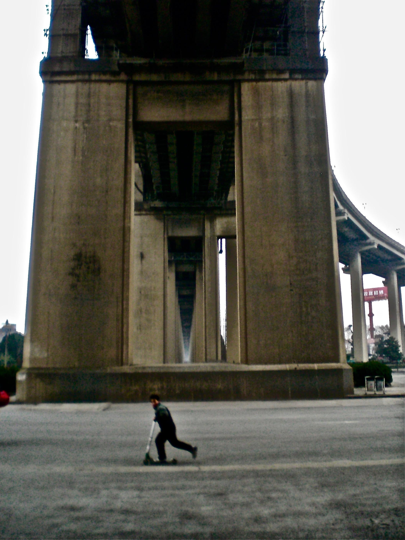 Yangtze River Bridge, Nanjing, China. (C) Remko Tanis