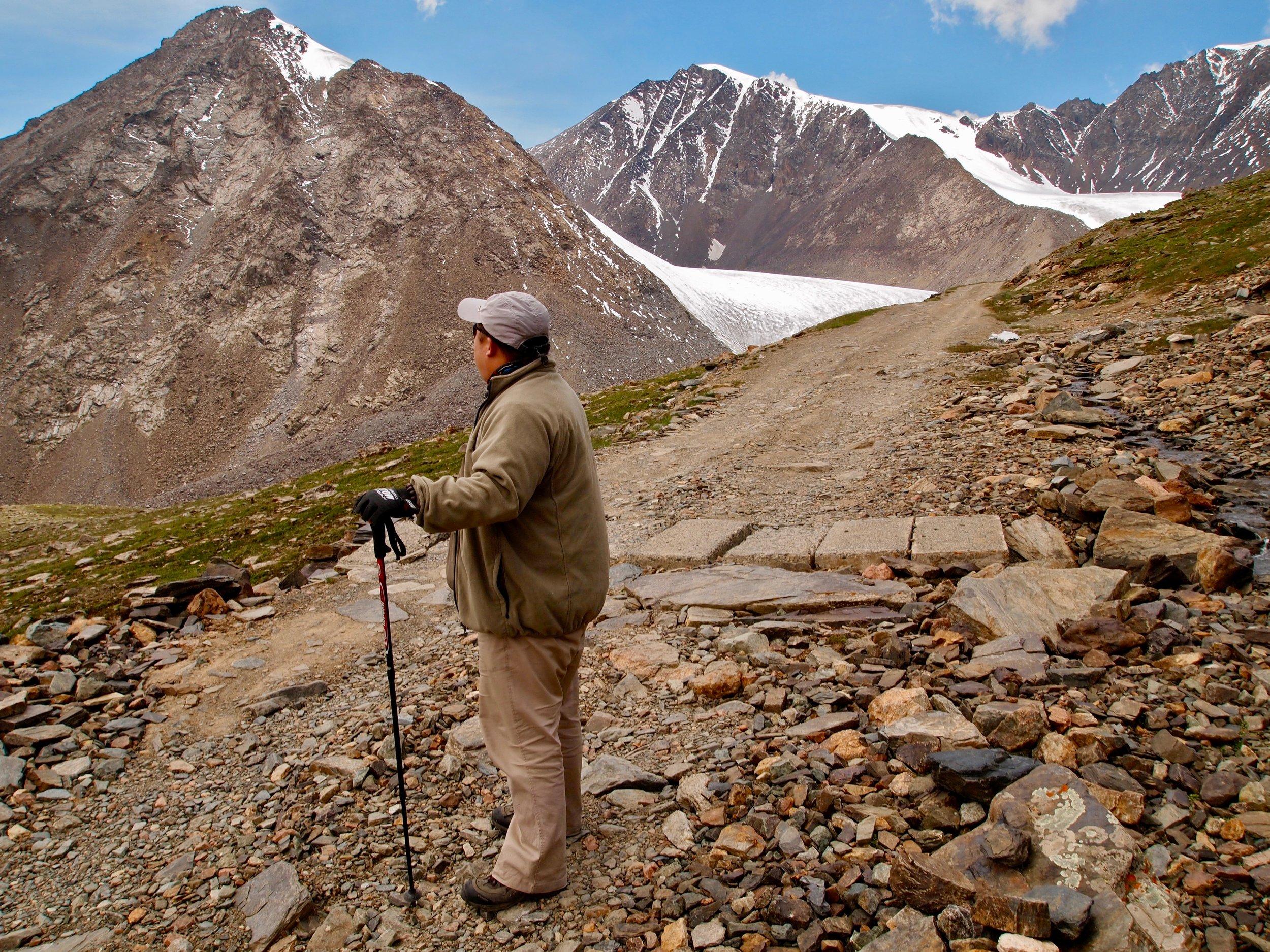 Mountain guide Huang Bo near the Tianshan Number 1 Glacier in Xinjiang, China. Photo: (C) Remko Tanis