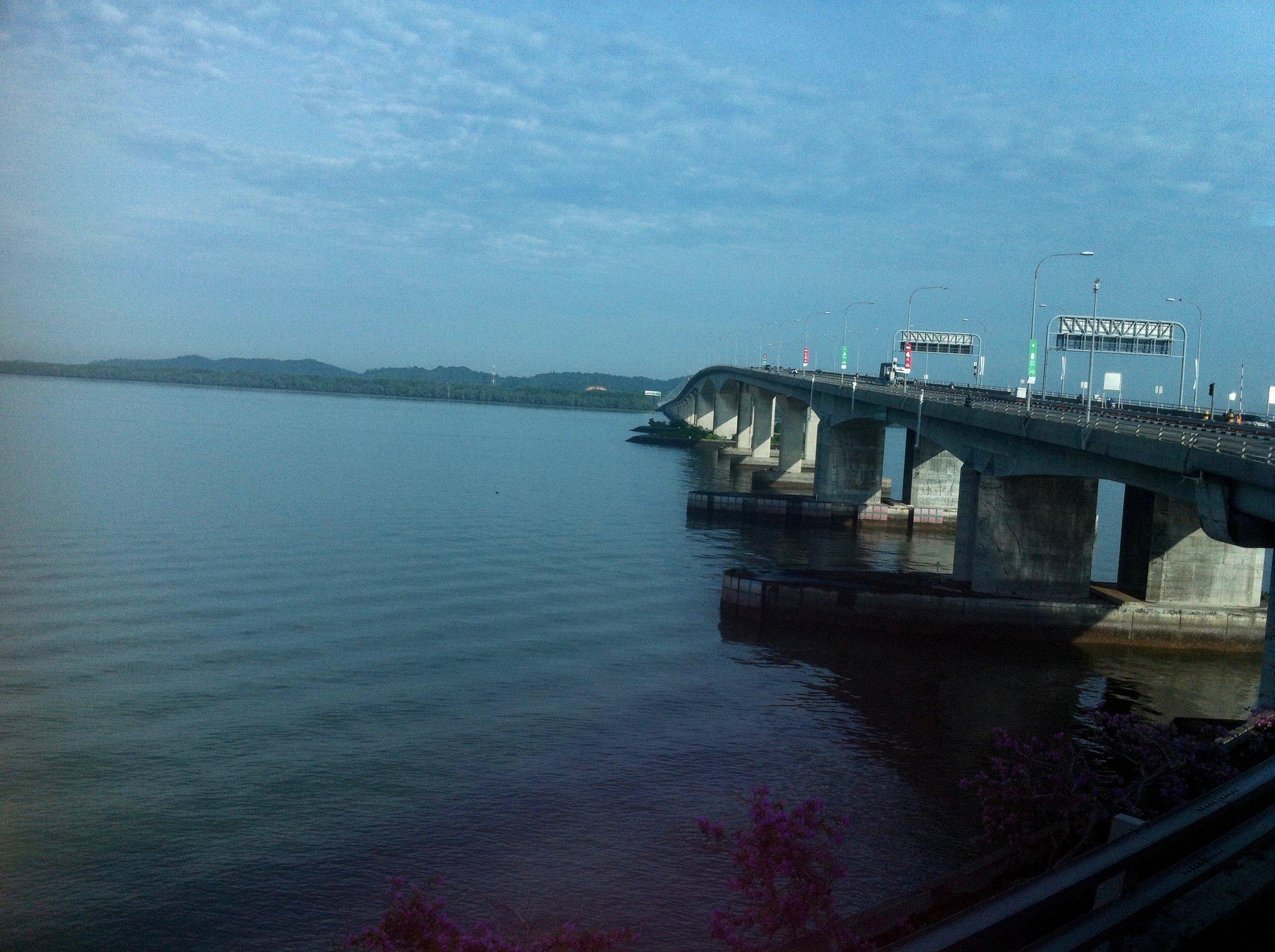 TUAS bridge crossing the Johor Strait from Singapore into Malaysia. Photo: (C) Remko Tanis