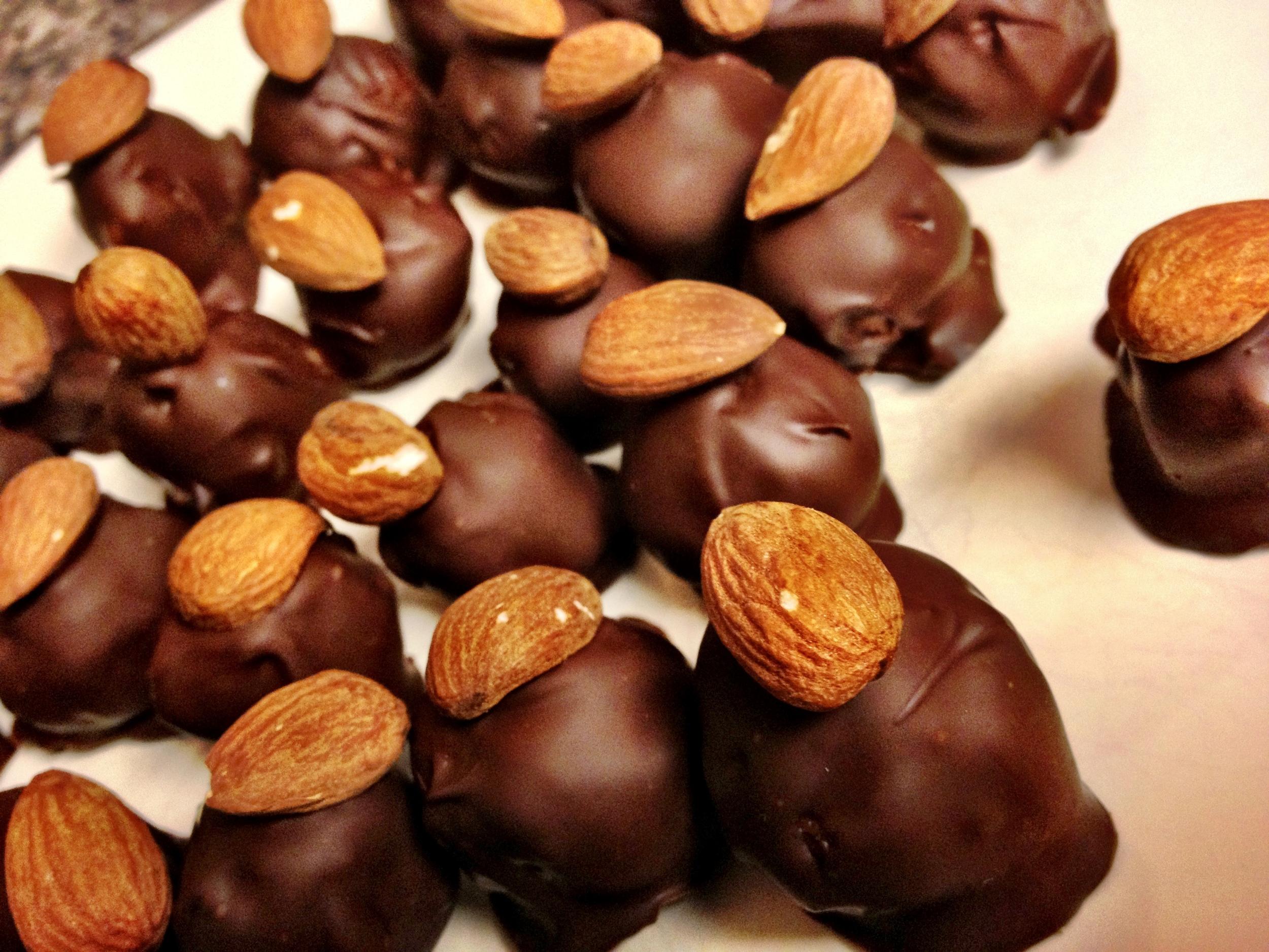 almond joy candy bites