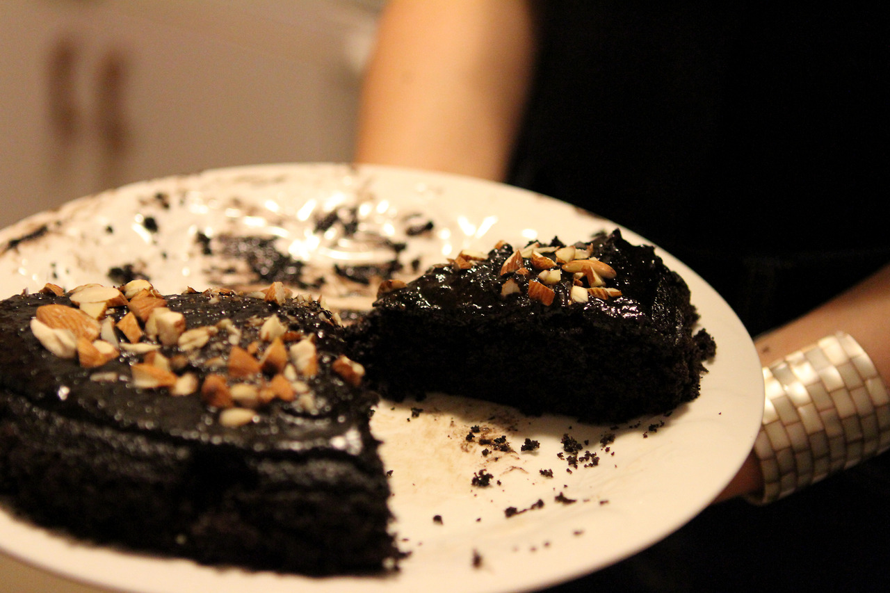 chocolate espresso cake + banana frosting