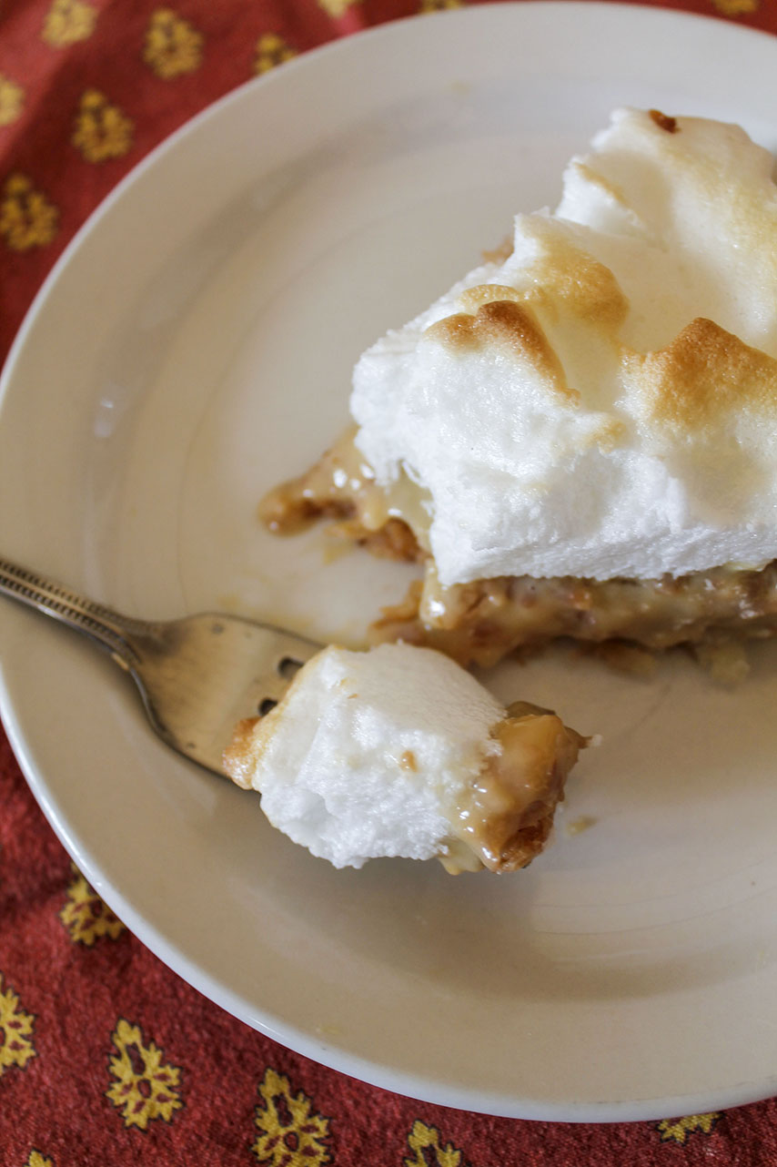 the coconutiest coconut cream pie