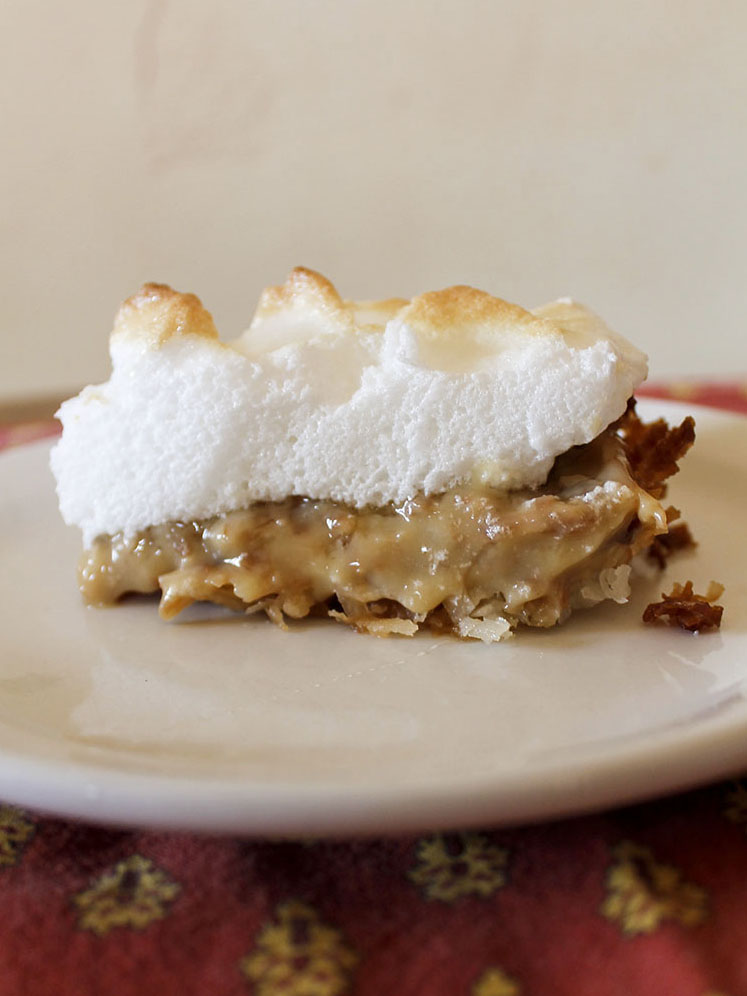 coconut cream pie | roux studio