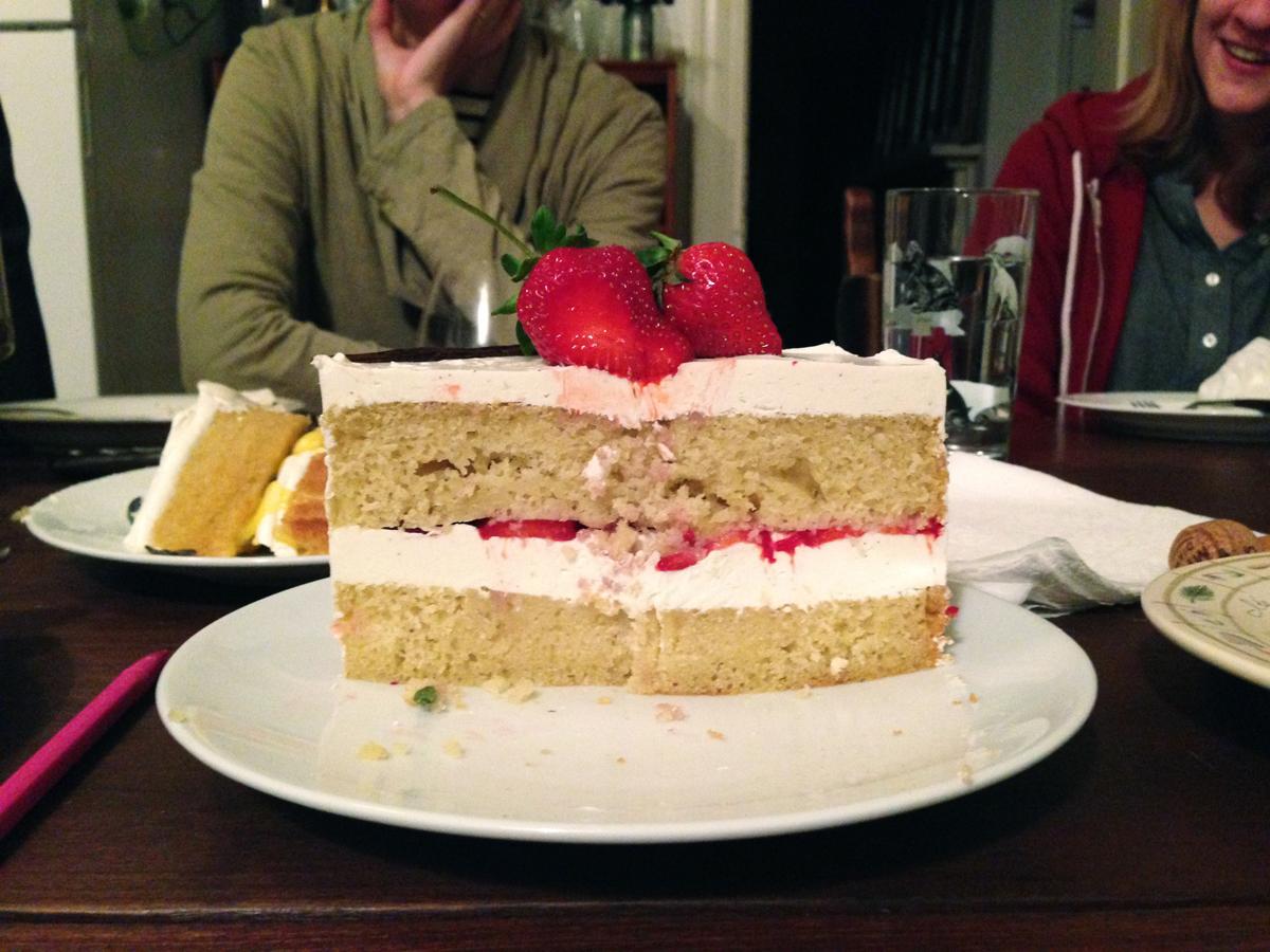 Cut Vanilla Cakes Roux Studio