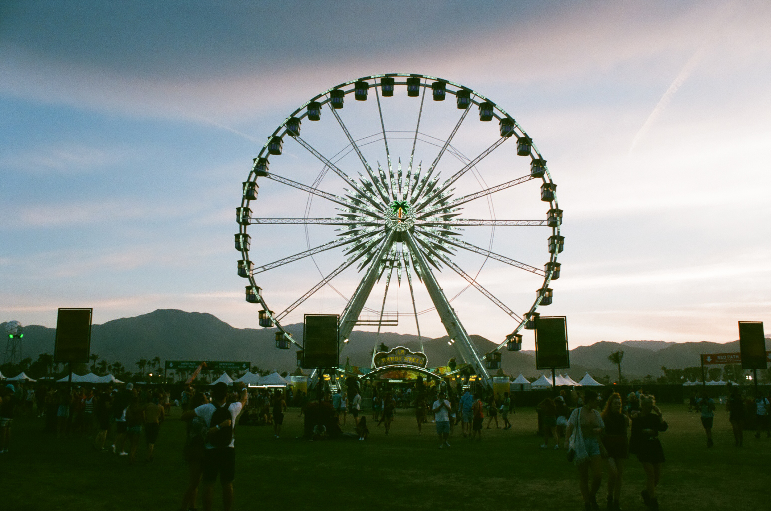 COACHELLA_STAYWILD00018.jpg