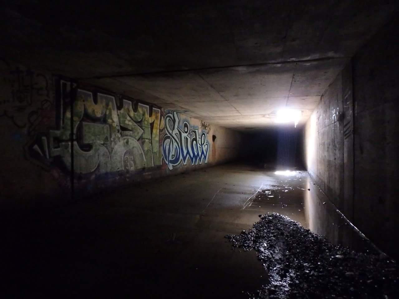 street cave3.jpg