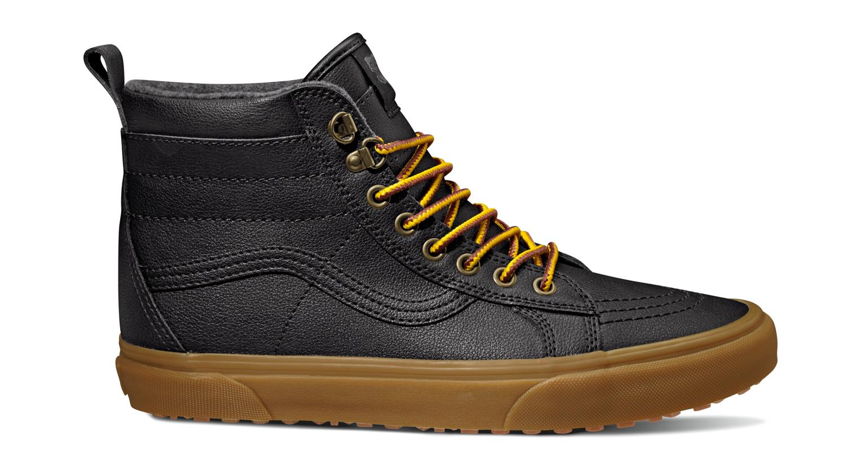 UCL_-SK8-Hi-MTE_MTE_-black-leather-gum_VN0A33TXQQW.jpg