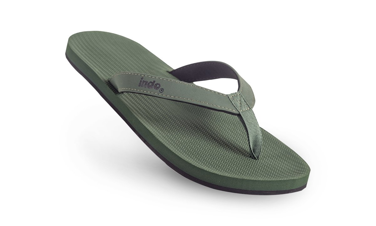 essntls-flip-flops-men-leaf-001_600x@2x.jpg