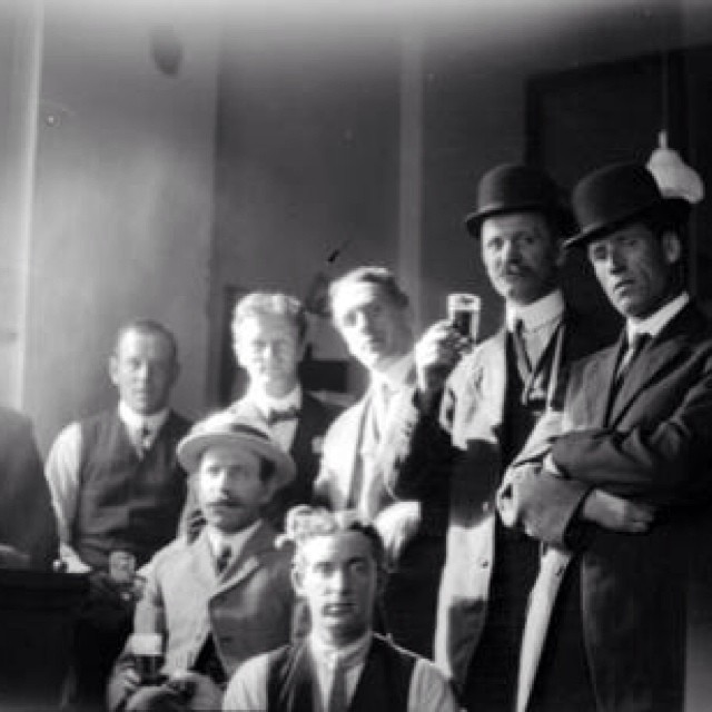 Vancouver Beer Parlour, 1912