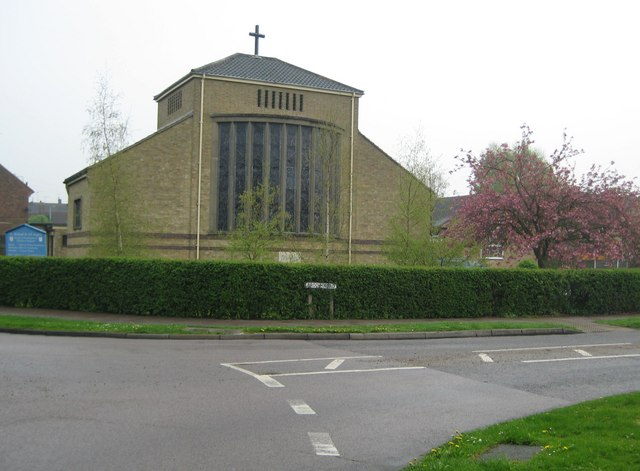 Borehamwood,_Church_of_St_Michael_and_All_Angels.jpg