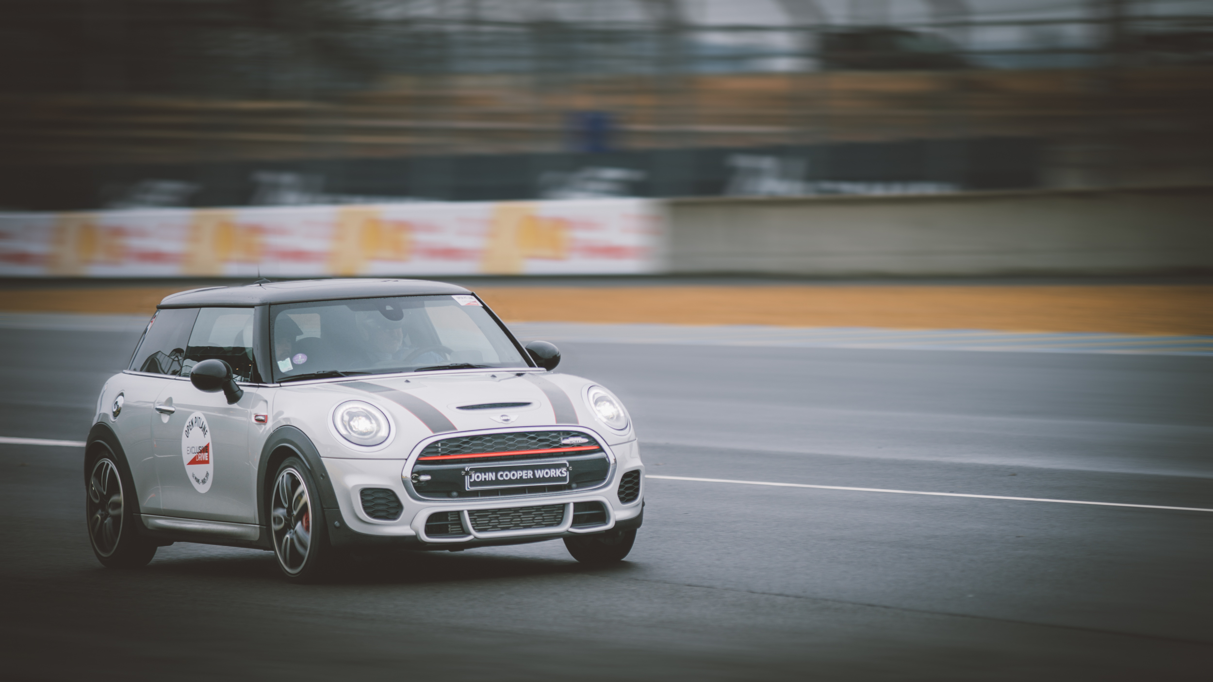 Mini Exclusive Drive 23-03-18 © Florian Léger - SHARE & DARE-03366.jpg