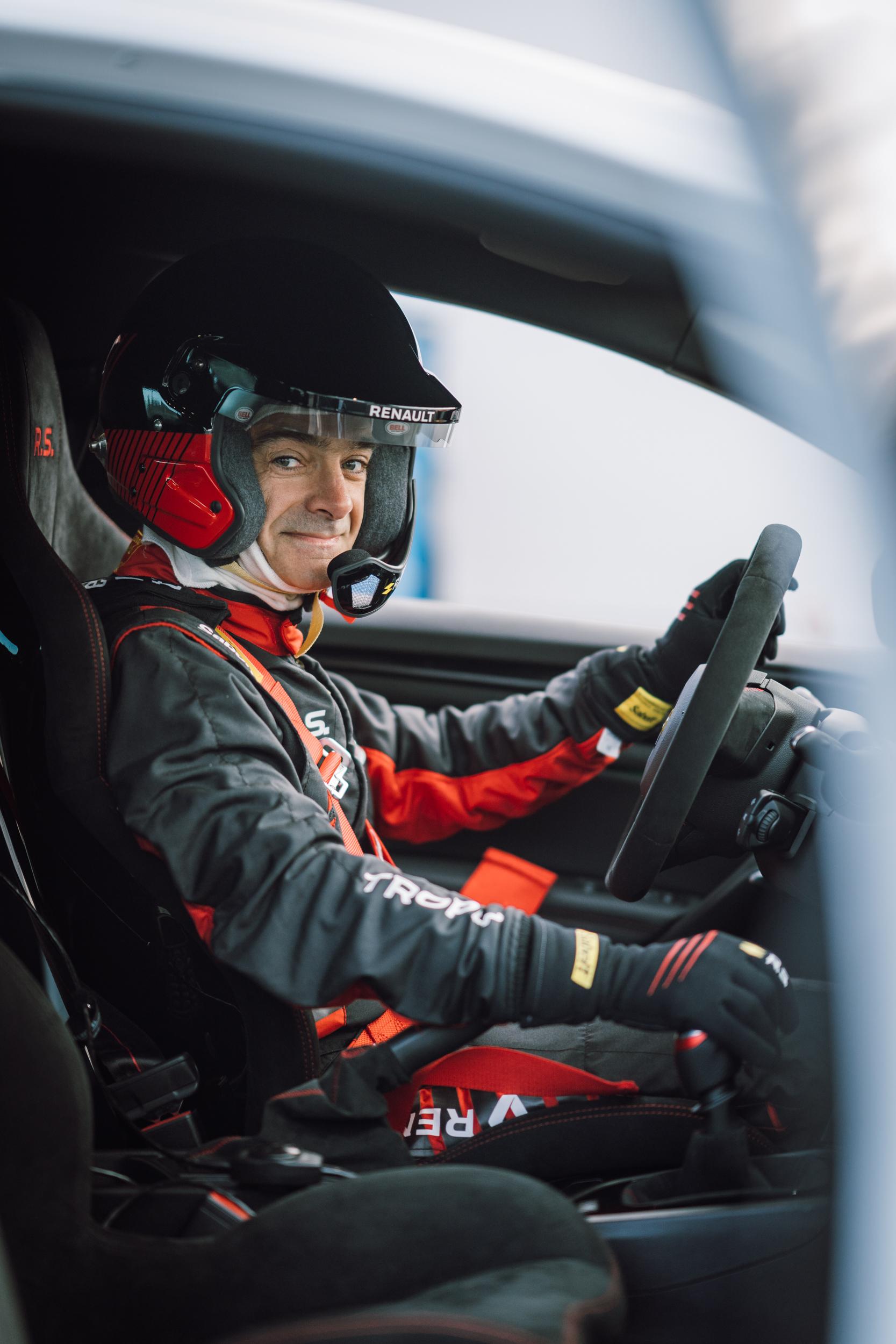 Renault Sport_Circuit Nurburgring_06-04-19_Florian Leger_SHARE & DARE_ HD_ N°-32.jpg