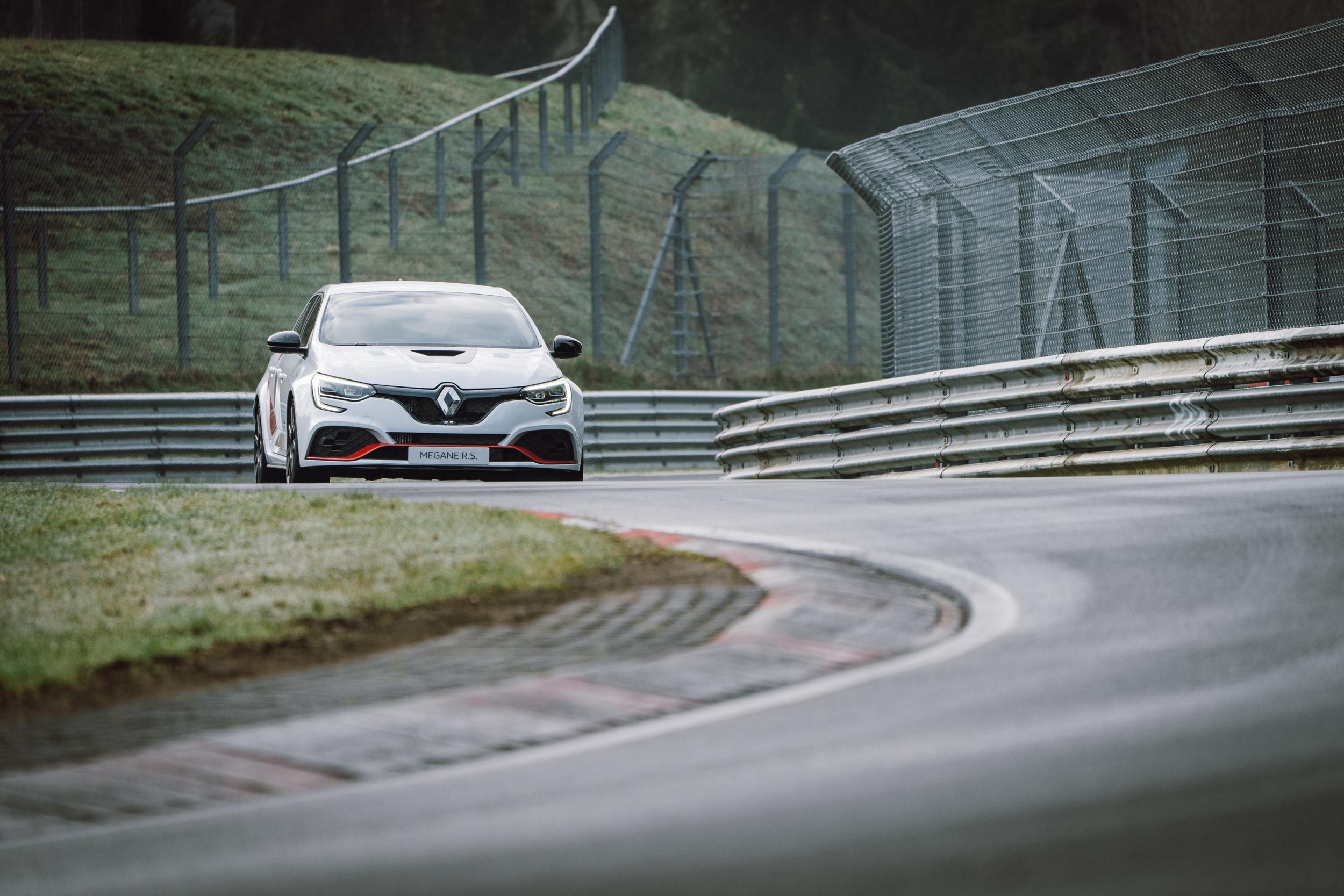 Renault Sport_Circuit Nurburgring_06-04-19_Florian Leger_SHARE & DARE_ HD_ N°-41.jpg