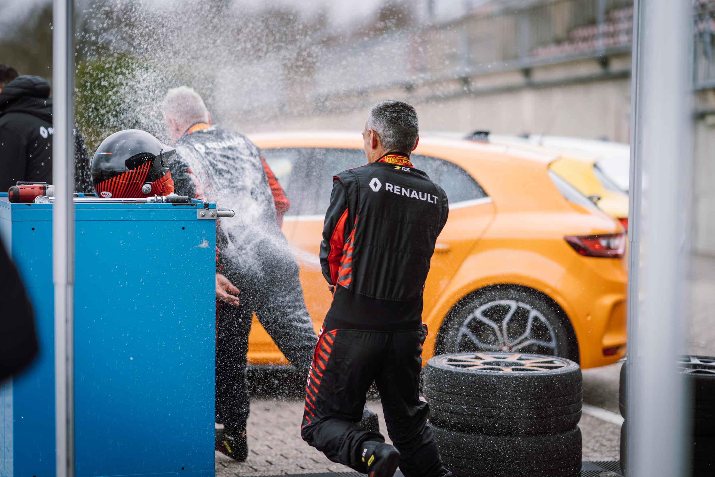 Renault Sport_Circuit Nurburgring_06-04-19_Florian Leger_SHARE & DARE_ HD_ N°-260.jpg