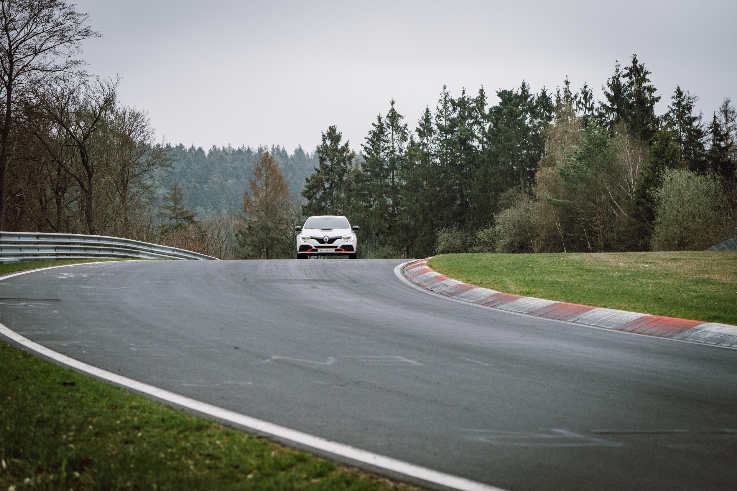 Renault Sport_Circuit Nurburgring_06-04-19_Florian Leger_SHARE & DARE_ HD_ N°-369.jpg