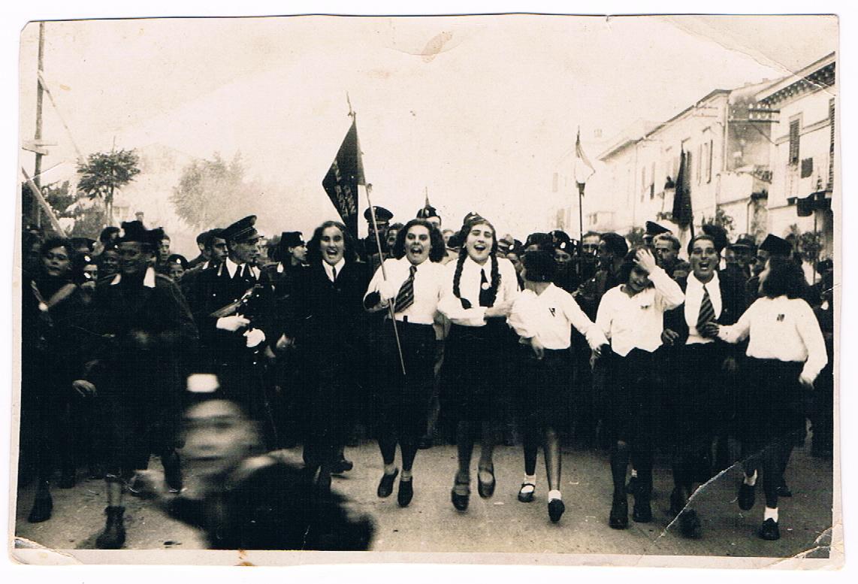 nonna fascio, 1937.JPG