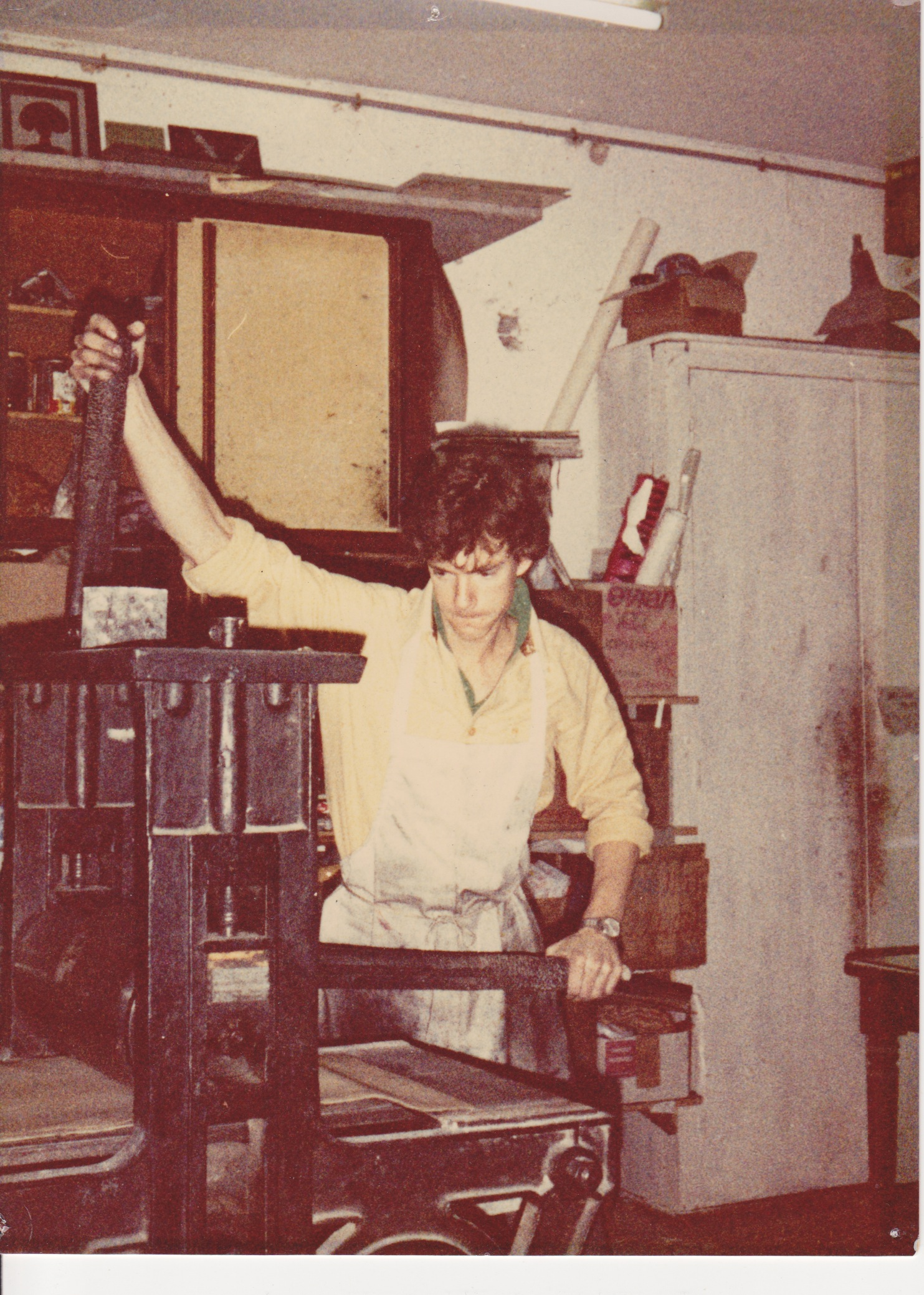 James Stroud printing at Atelier 17, Paris 1980.