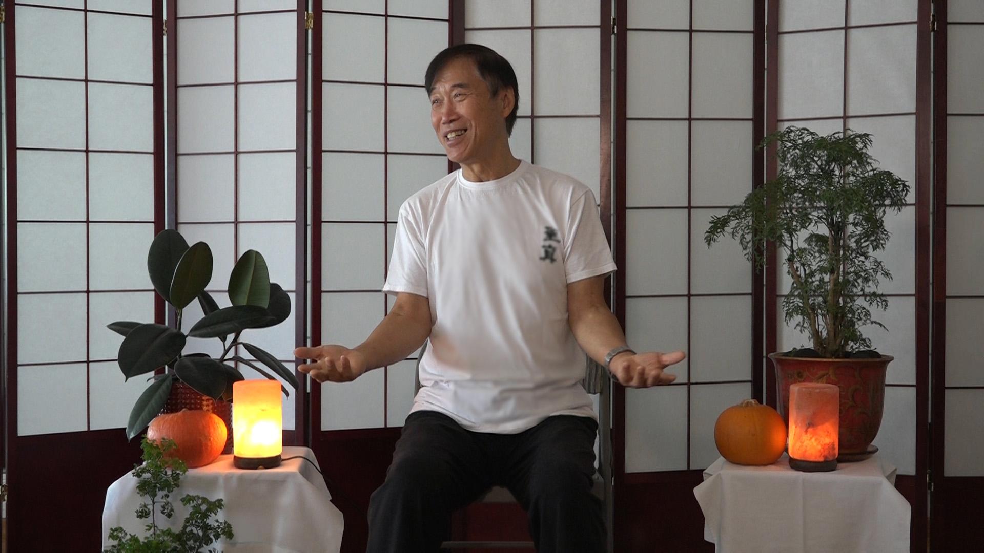 Master Li teaches Listening to the Heart - A form of Sheng Zhen Meditation