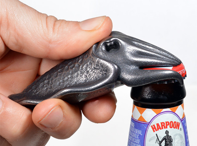 Cuttlefish-Bottle-Opening-640x475.jpg