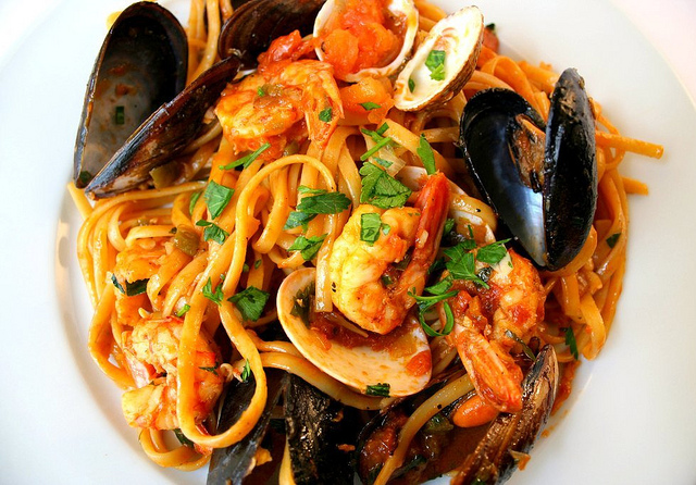 """ seafood pasta "" by  Cooking Etc.  is licensed under  CC BY 2.0"