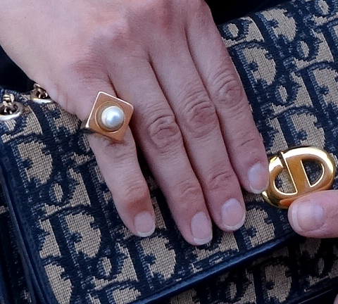 Sweet vintage pearl and gold ring