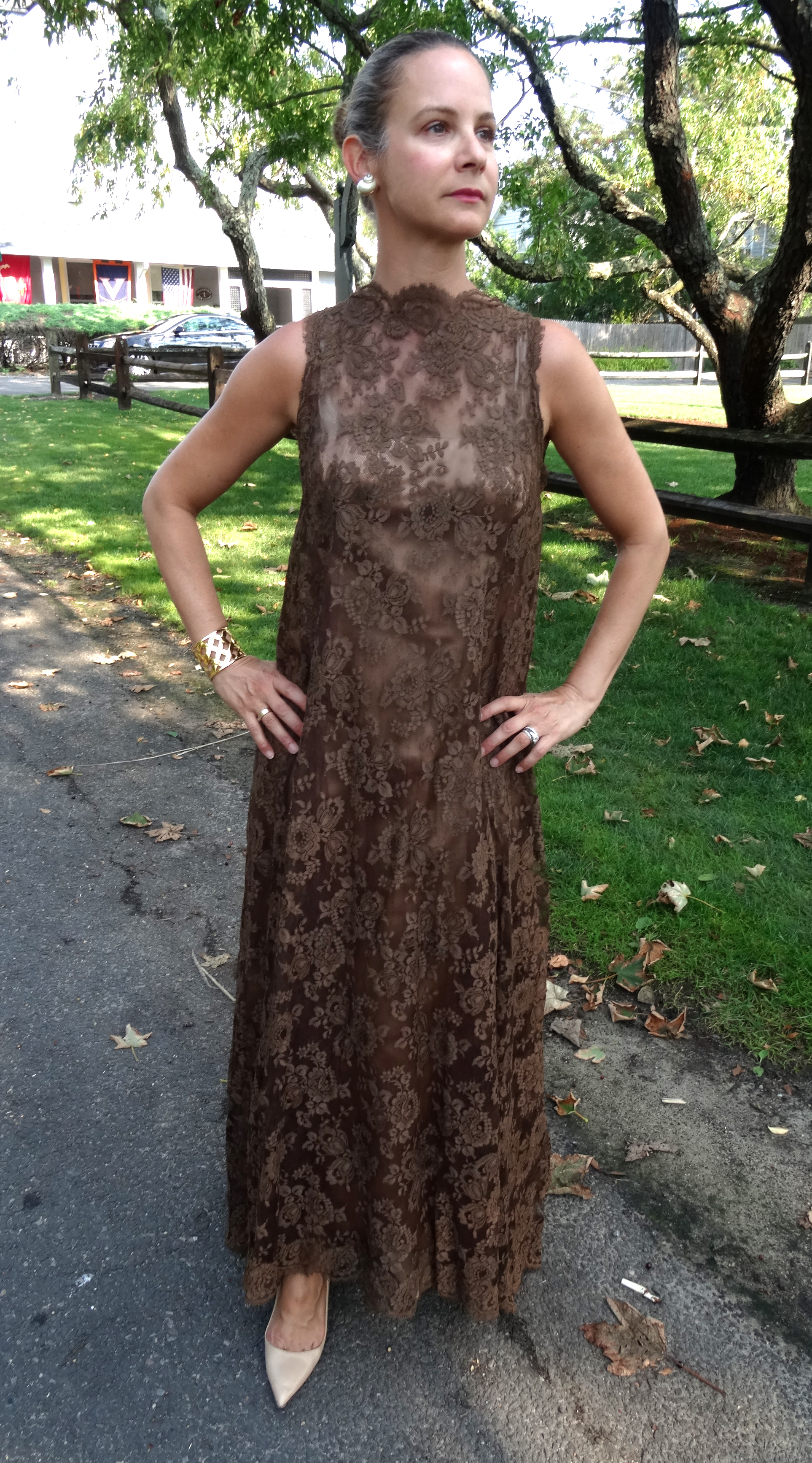 Vintage lace A-line shift gown
