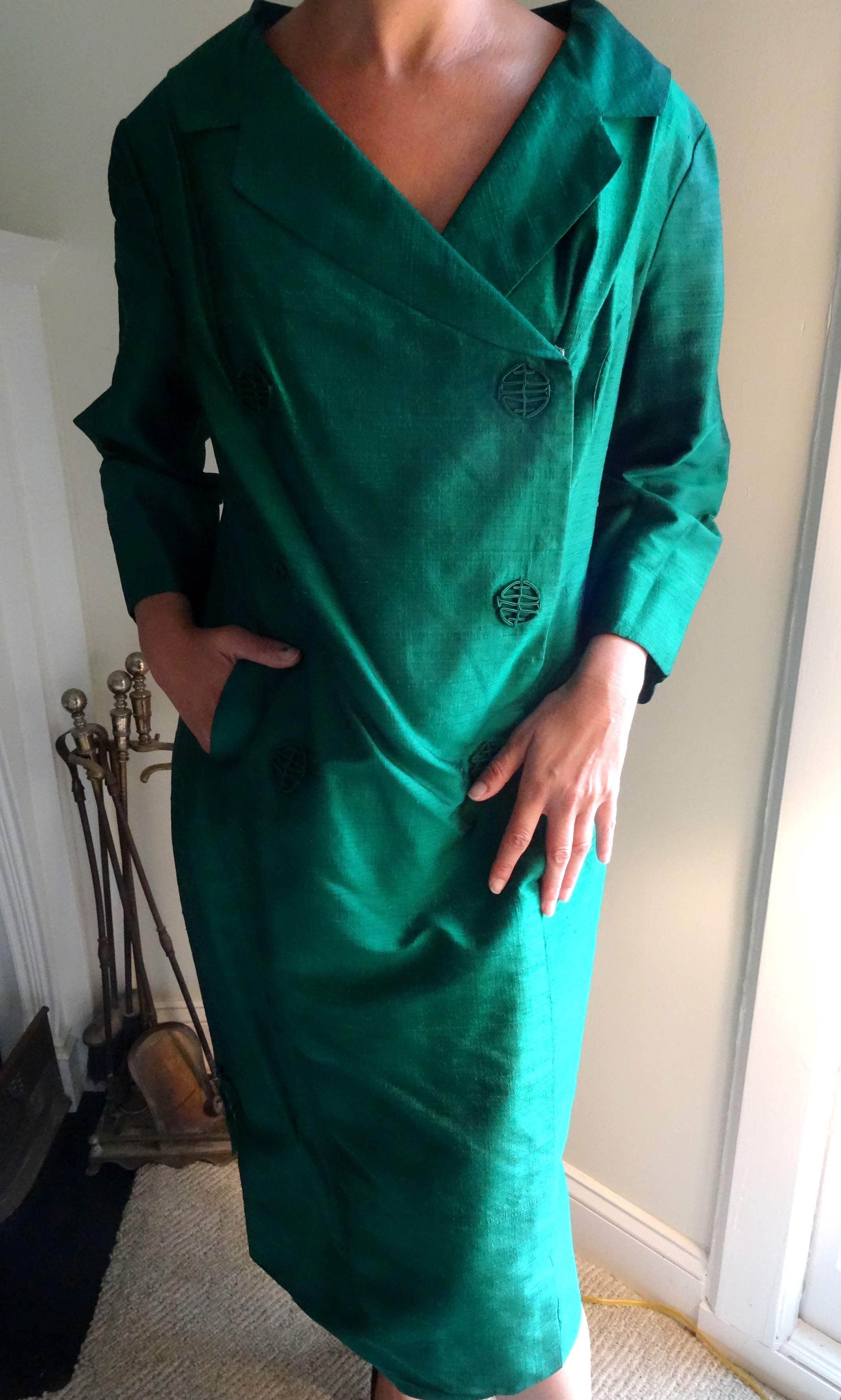 Vintage emerald green shantung silk coat dress