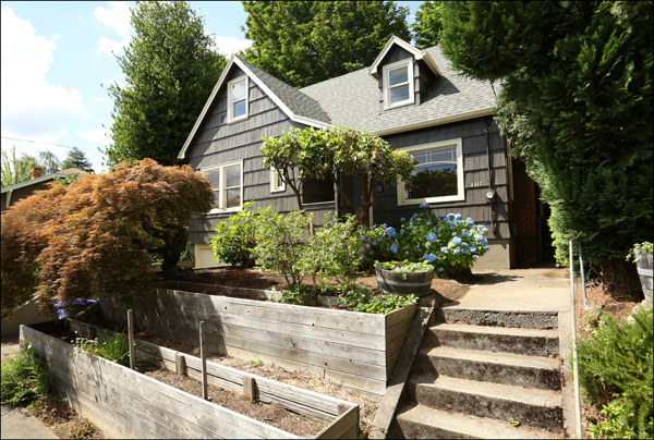 4317 SE Clinton St. - $425,000  Sold for $433,000