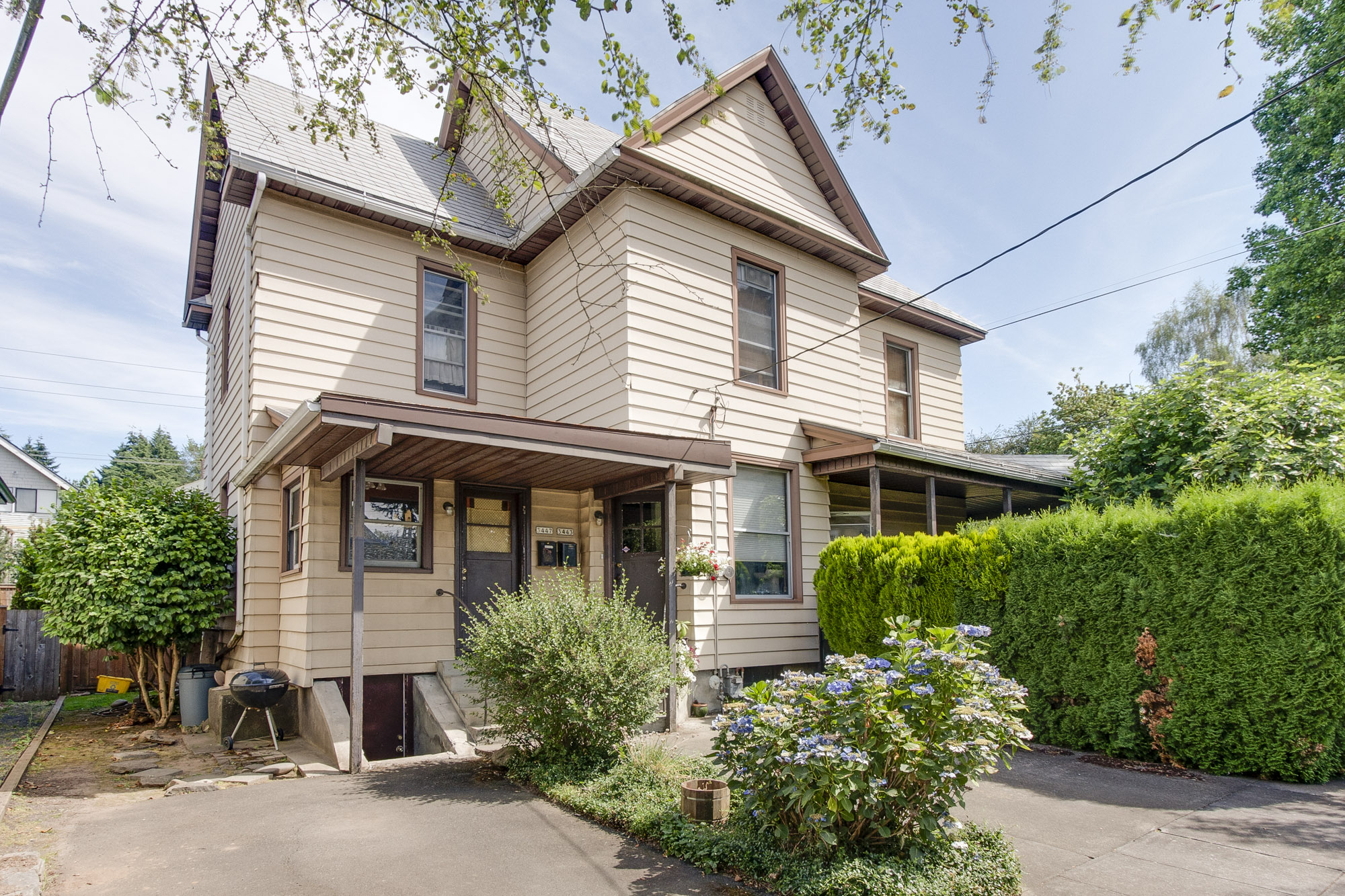 3443 SE Washington st - $545,000  Sold for $545,000