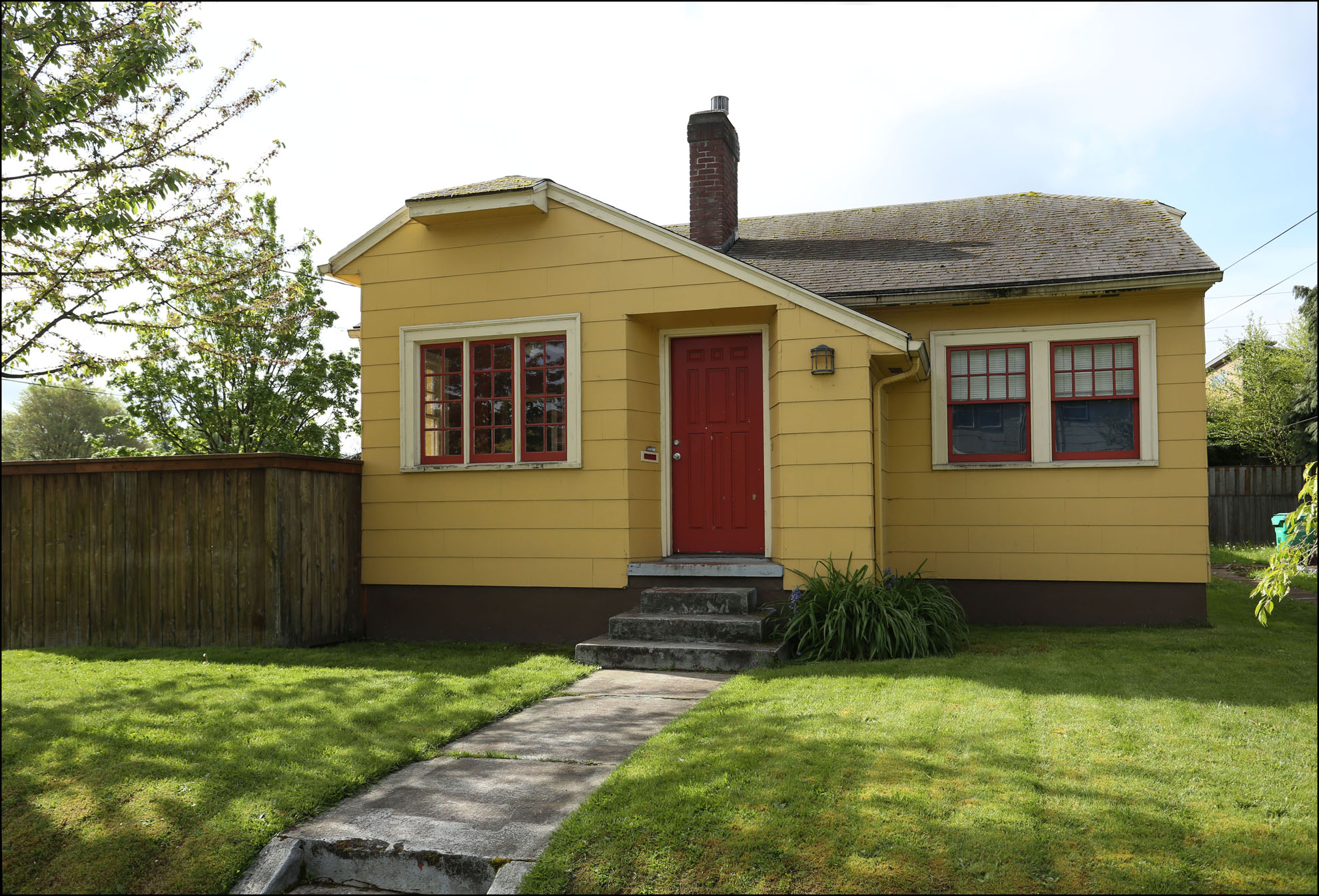 604 N Alberta St. - $317,000  SOLD for $317,000