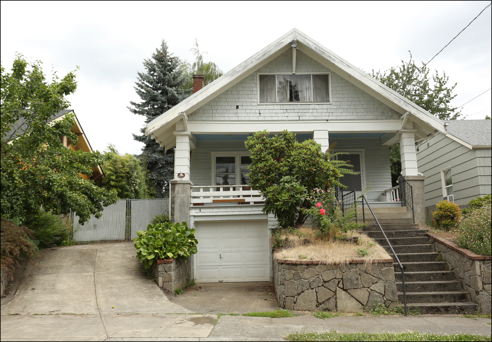2620 SE 48th  Light Fixer off Division  SOLD   $407,000
