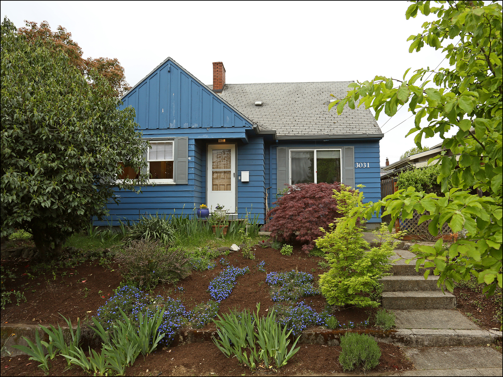 3031 SE 53rd Ave . - South Tabor Bungalow -  $399,900 -  SOLD!