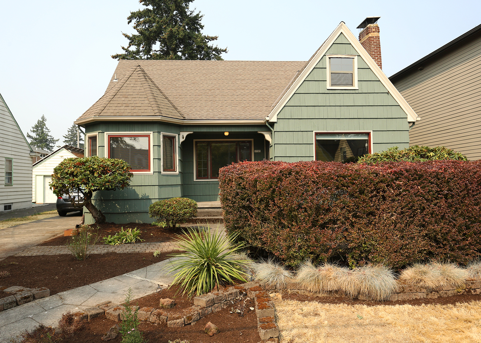 1725 NE 59th Ave  Spacious 1932 English Tudor in Rose City  $539,000 - SOLD