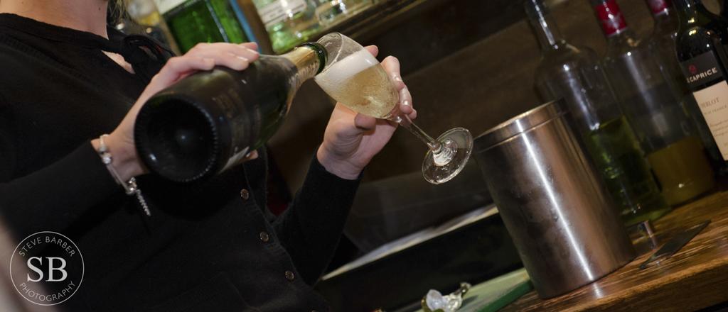 Champagne-The-Barn-Kent-24.jpg