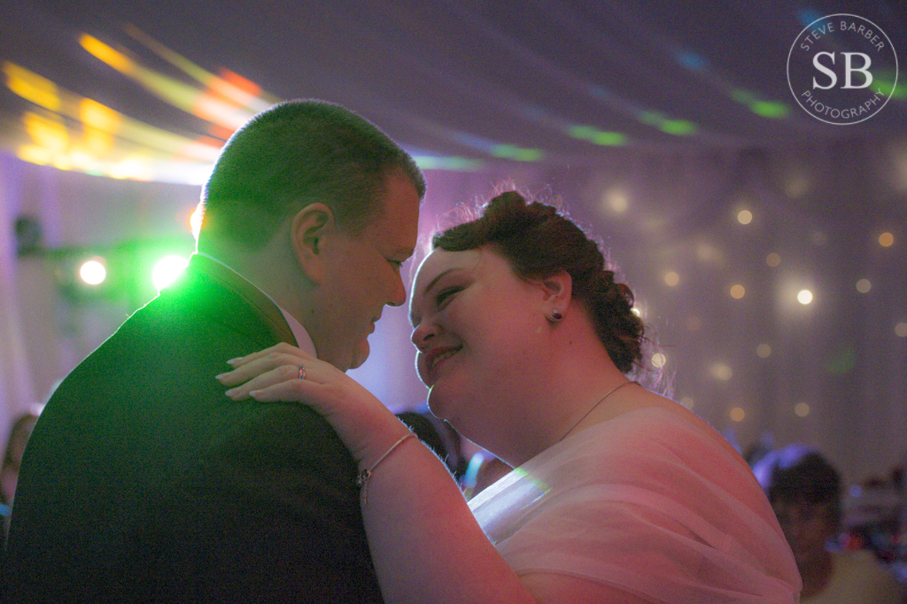 Candid-First-Dance-Wedding-Photography