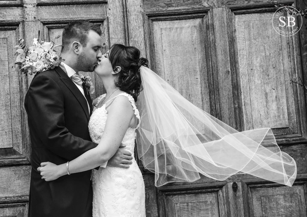 Winters barn-Wedding-Photographer-Kent