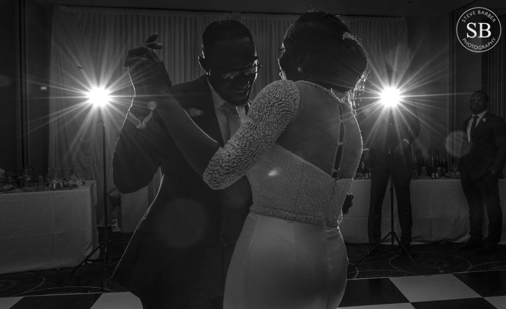 1st dance-wedding-photography-creative