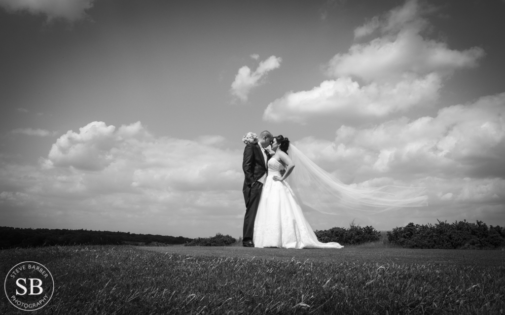 london-golf-club-wedding-photographer