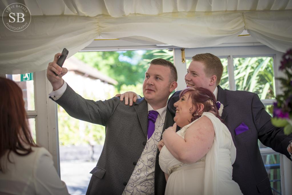 bearstead-wedding-photographer